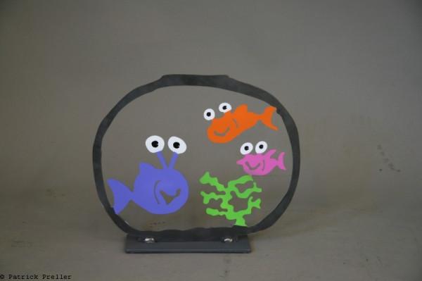 Aquarium mit drei Fischen