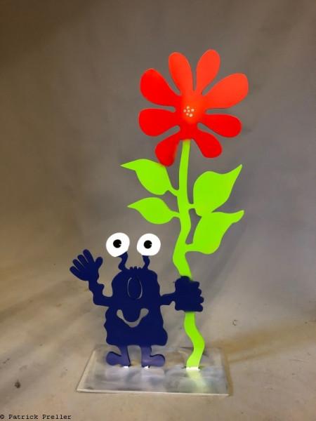 Monster mit großer Blume