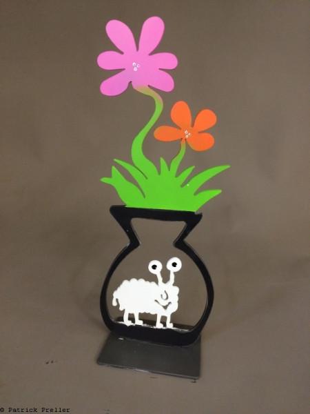 In der Blumenvase lebt ein Schaf