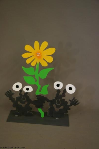 Monsterpaar mit Blume